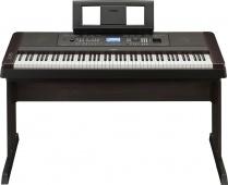 Yamaha DGX 650 B - digitální piano s doprovody