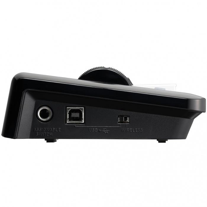 Univerzální mobilní klávesový ovladač pro iPhone, iPod Touch, iPad a Mac či PC.